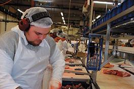 Illustrasjonsfoto fra en bedrift i kjøttbransjen.