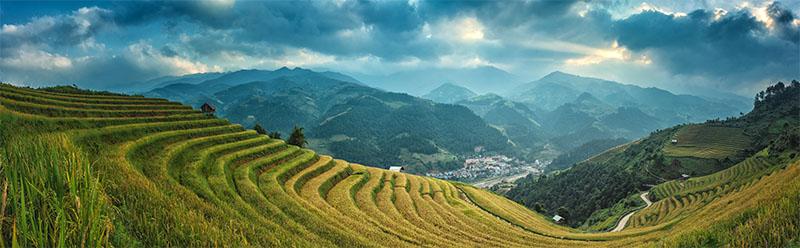 Photo of Vietnam landscape banner