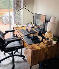 Image of Camilo's home desk